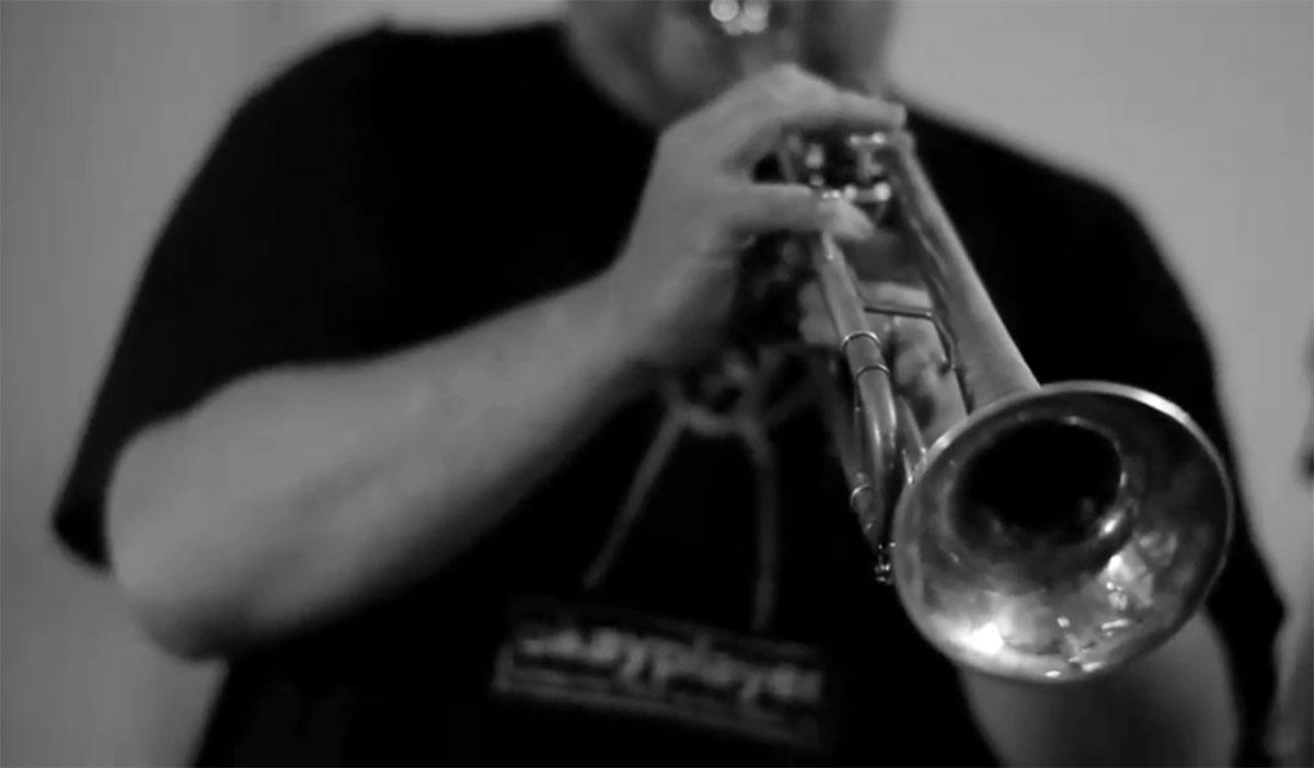 Im Bild ist die Endres 6L, die eigens für Weidinger entworfene Lead-Trompete aus Nürnberg.