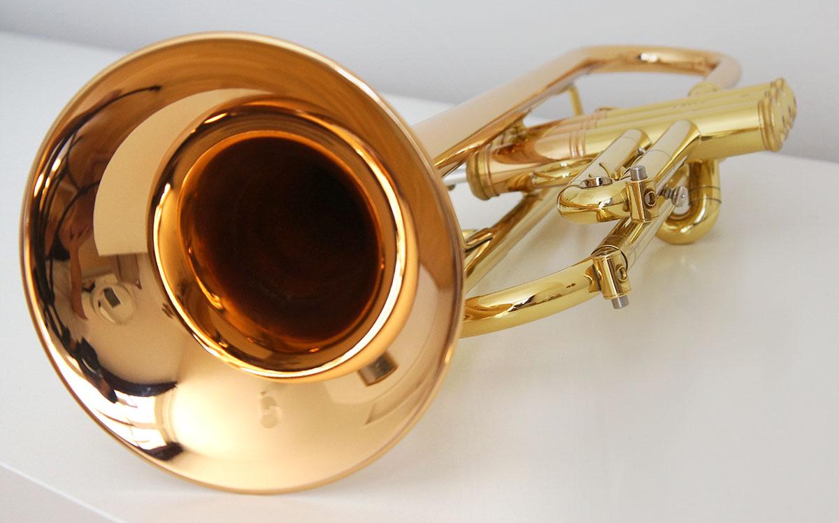 Das Herz-Stück - möglicherweise auch das Filetstück der Commercial Bach: der leichte Bronze-Becher in der 1er-Form.